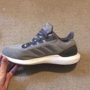Adidas cloud foam running shoes, grey size 9